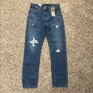 Levi's Jeans 32x30  501 High Rise  New Destroyed